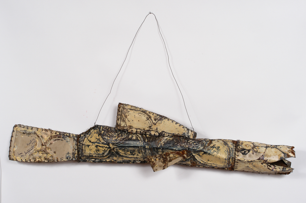 Mr. Imagination (Gregory Warmack) (American, 1948-2012).  Prehistoric Fish , 2007. Ceiling tin and wire, 10 x 44 x 7 in. Intuit: The Center for Intuitive and Outsider Art, gift of the artist, 2007.8