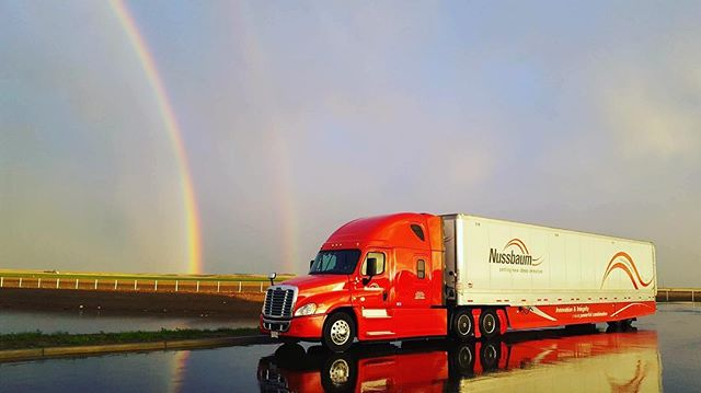 Nate with Nussbaum shot this gorgeous photo! #picoftheday #trucker #trucking #aerokit