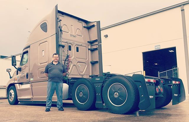 Pavel just got his new Tractor Aerokit today! He's on his way to saving fuel every single mile! #trucker #trucking #transportation #kllm