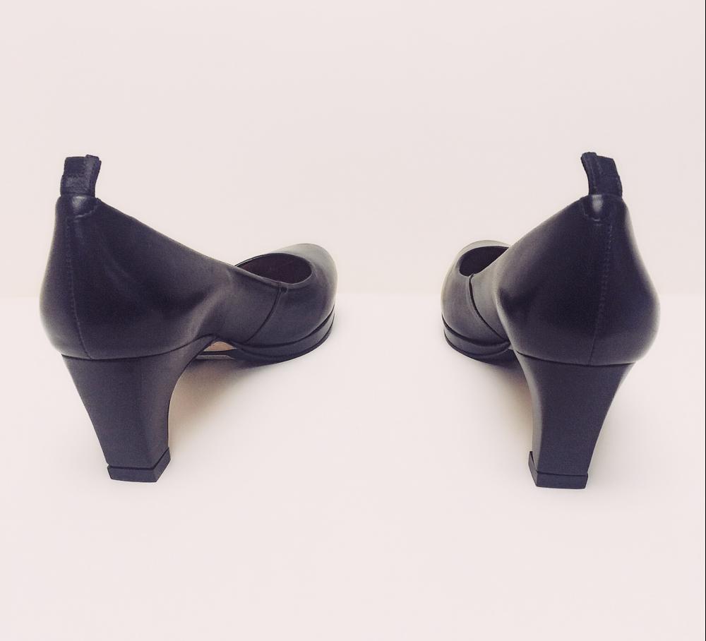 dr-liza-sneaker-pump