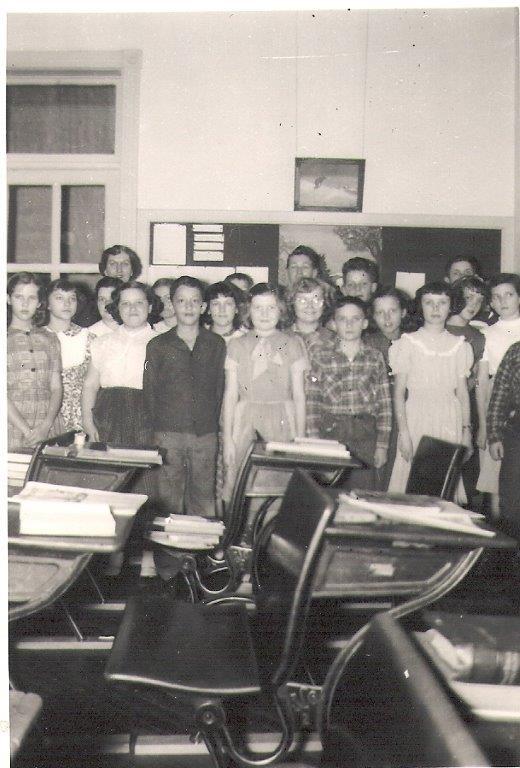 1952-53: Miss Rassie Mae Ridgeway's 6th grade class