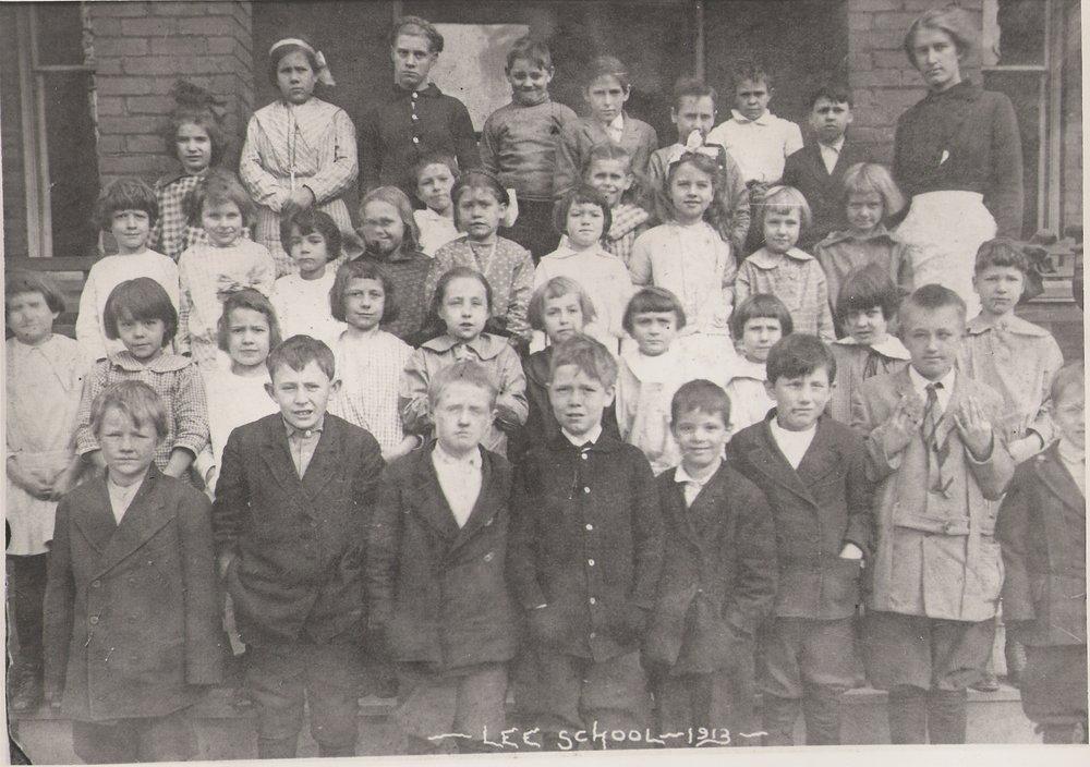 1913: Students