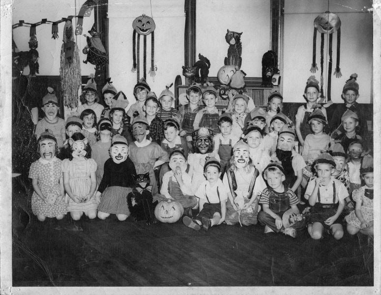1947: Halloween