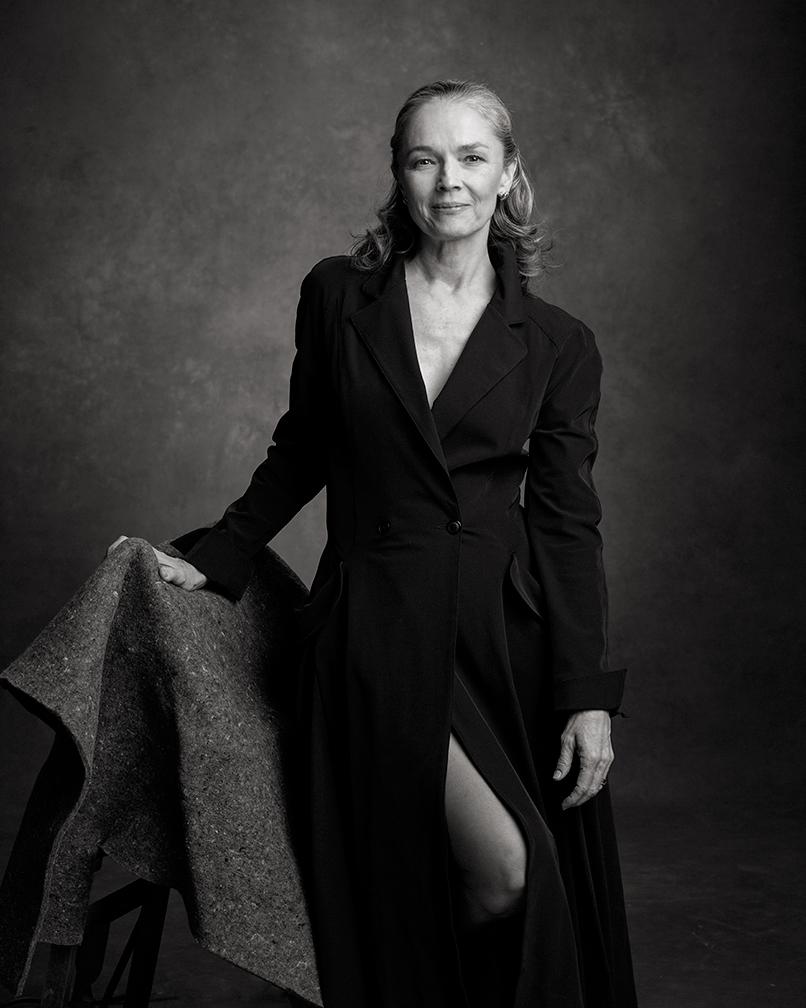 Janet Eilber Nude Photos 15