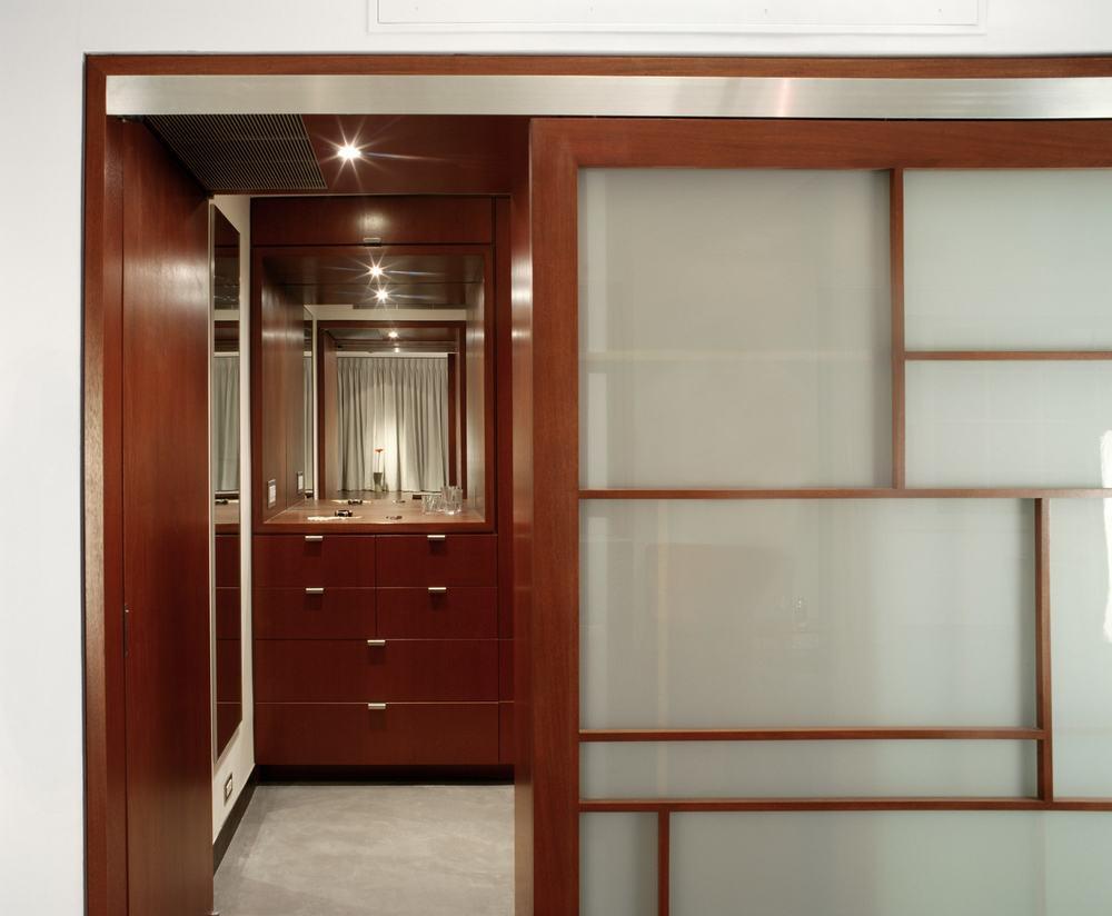 Nychay Closet-min.jpg