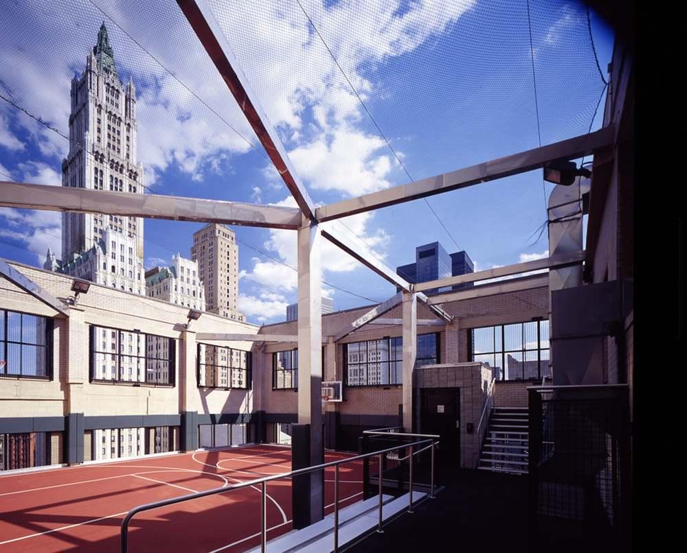 RES4 | Urban Skycourt