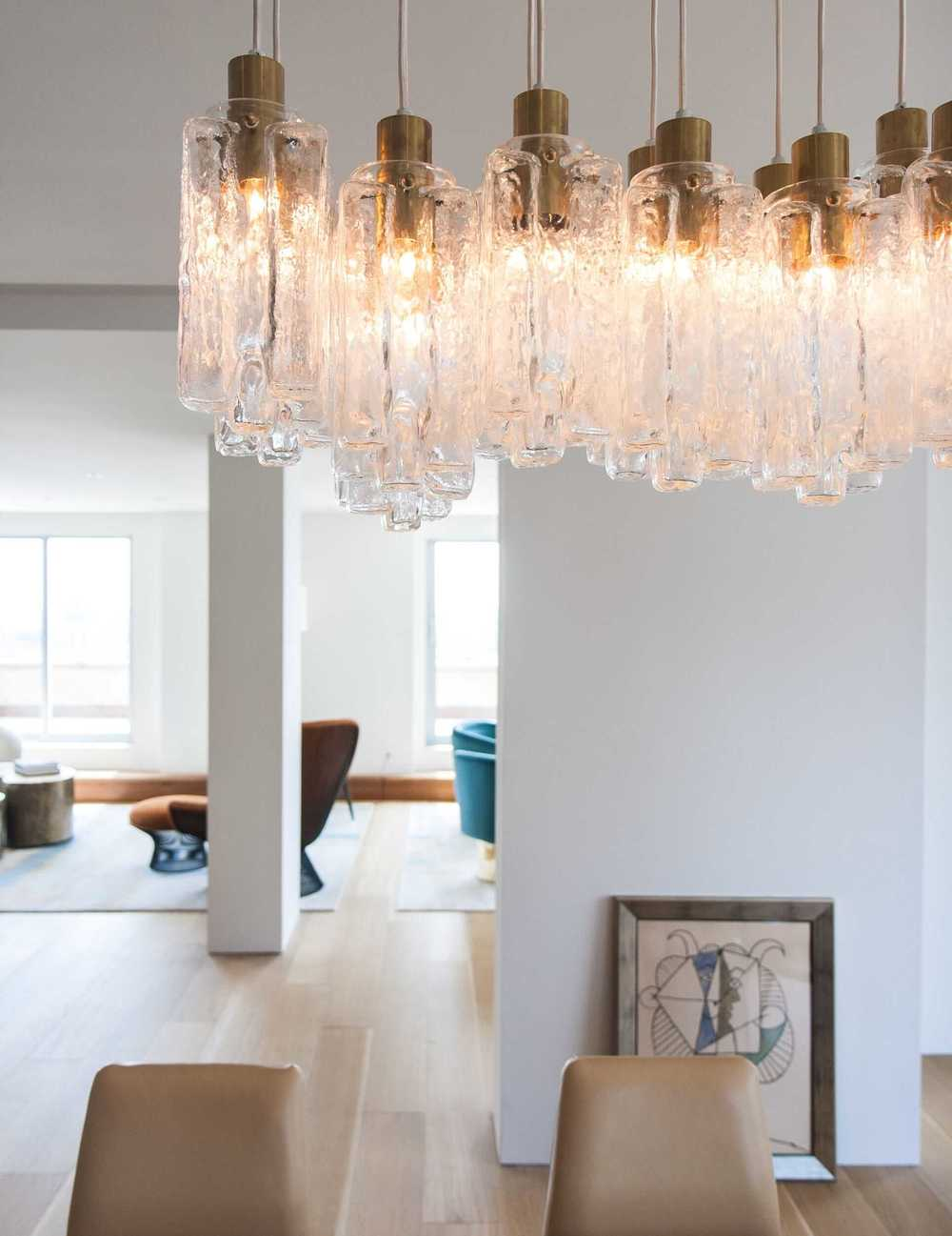 Modern Apartment Renovation | East End Ave New York City | Living Dining Room Glass Pendant Light Fixture Midcentury Furniture Abstract Art | RES4