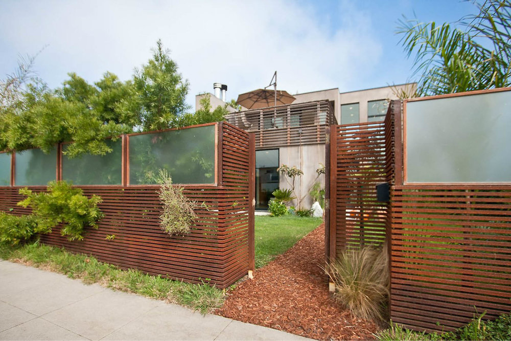 Modern Panelized Prefab Beach House | Venice California | Wood Screen Wall Fence | RES4