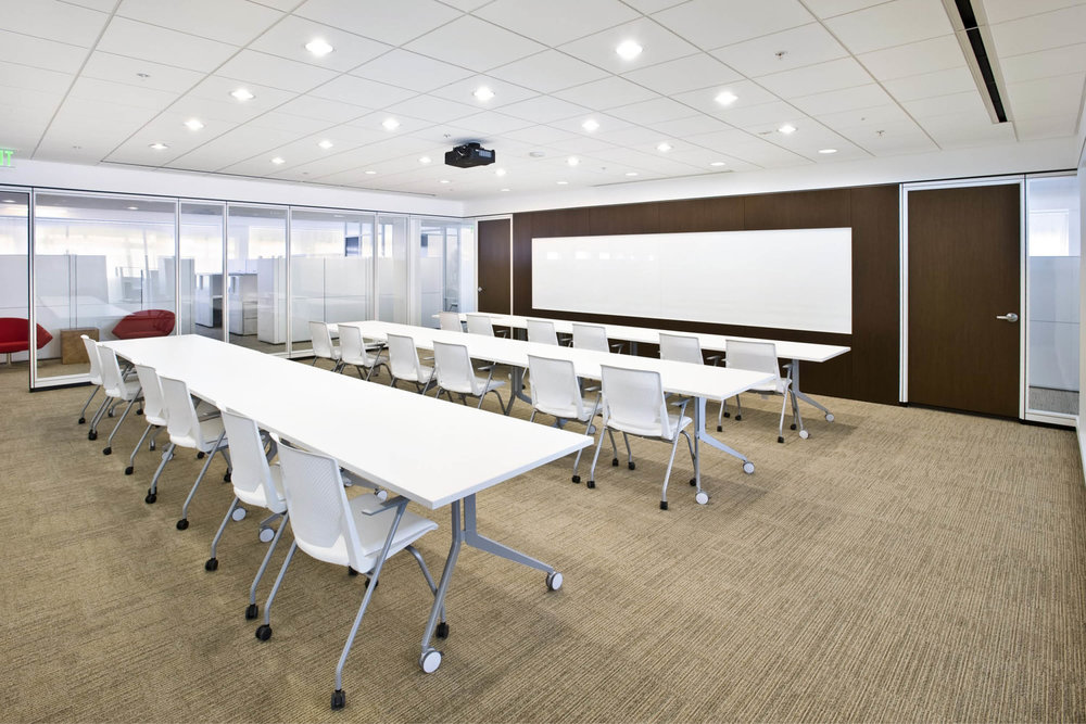 Modern Commercial Office | White Glass Partitions Conference Room Classroom | RES4