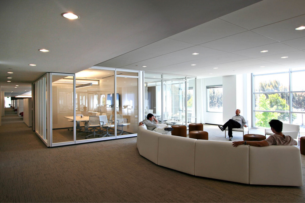 Modern Commercial Office | White Glass Partitions Lounge | RES4