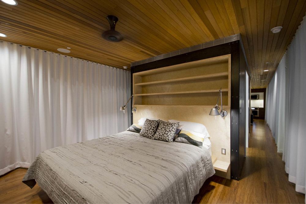 Modern Modular Prefab Cabin House | Greenbuild | Philadelphia | Bedroom Cedar Ceiling Built In Bed Sliding Doors Black Steel | RES4