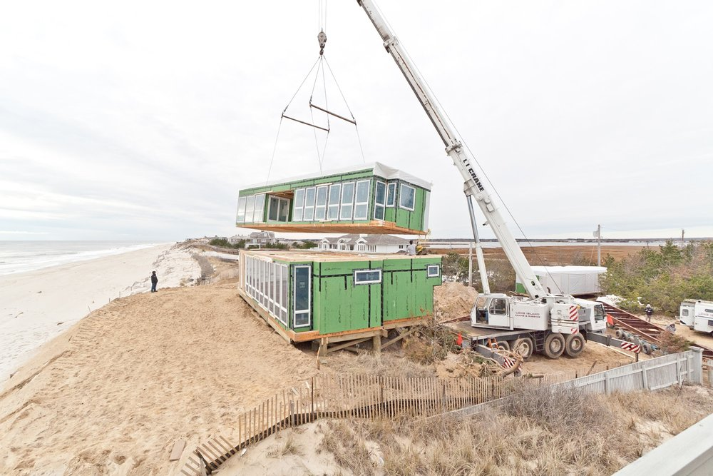 res4-resolution-4-architecture-modern-modular-prefab-dune-road-beach-house-set.jpg