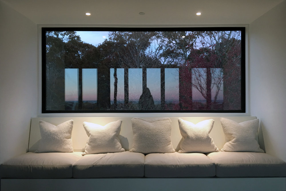 res4-resolution-4-architecture-modern-modular-house-prefab-amagansett-addition-interior-window-view-seating-lounge.jpg