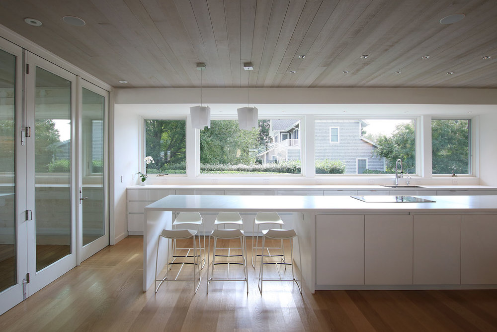 21-re4a-resolution-4-architecture-modern-modular-prefab-bridgehampton house-interior-kitchen-2.jpg