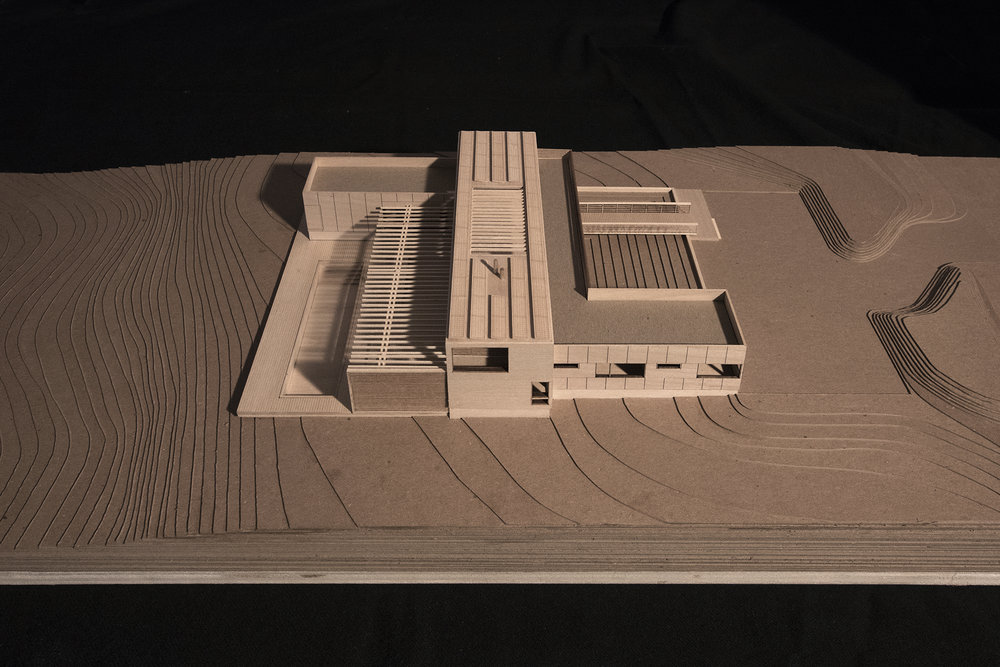 res4-resolution-4-architecture-north fork bluff house_model-IMG_3631.jpg