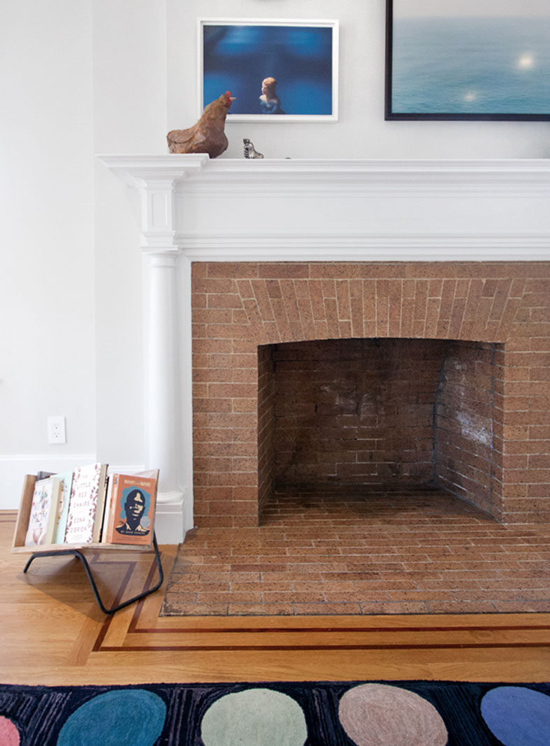 res4-resolution-4-architecture-modern-residential-flatbush-brooklyn-argyle-road-house-interior-living-lounge-fireplace-02.jpg