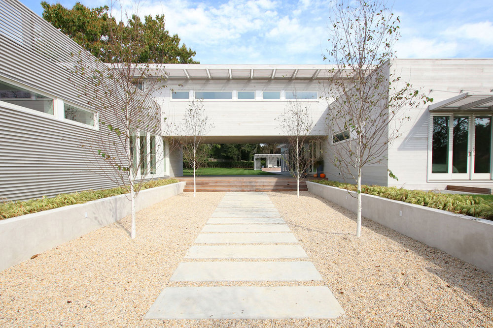 1-re4a-resolution-4-architecture-modern-modular-prefab-bridgehampton house-exterior.jpg