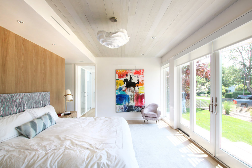14-re4a-resolution-4-architecture-modern-modular-prefab-bridgehampton house-interior-master-bed-room.jpg