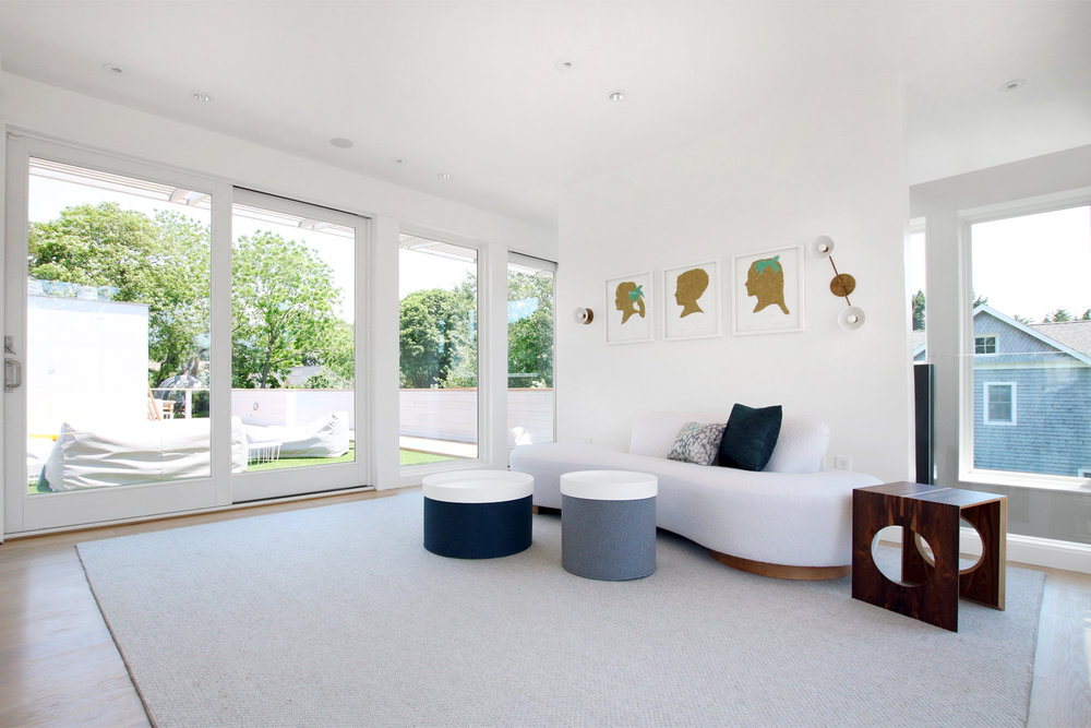20-re4a-resolution-4-architecture-modern-modular-prefab-bridgehampton house-interior-family-room.jpg