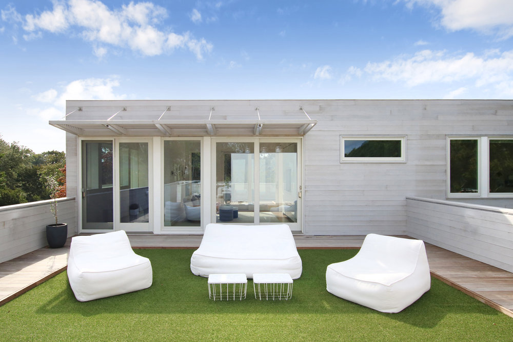 21-re4a-resolution-4-architecture-modern-modular-prefab-bridgehampton house-roof-deck.jpg