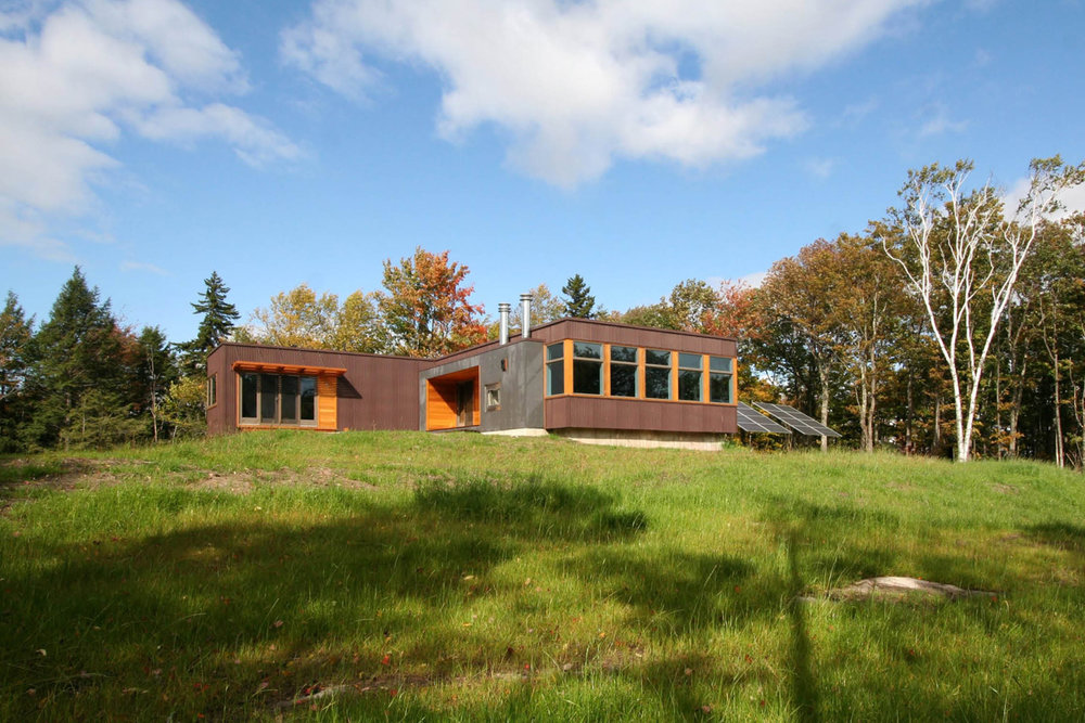 02-res4-resolution-4-architecture-modern-modular-home-prefab-house-vermont-cabin-exterior.jpg