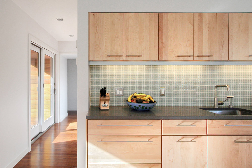 07-res4-resolution-4-architecture-modern-modular-home-prefab-house-vermont-cabin-interior-kitchen.jpg