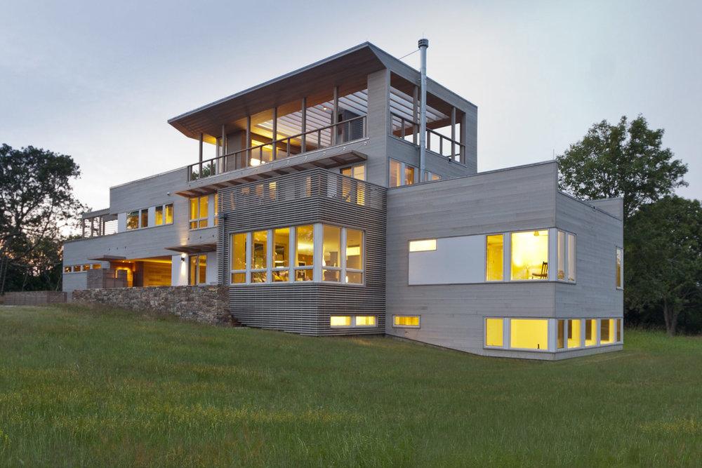 29-res4-resolution-4-architecture-modern-modular-home-prefab-house-fishers-island-exterior.jpg