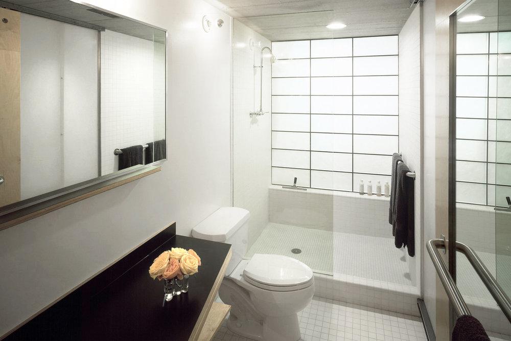 14-res4-resolution-4-architecture-modern-apartment-residential-rons-loft-interior-bathroom.jpg