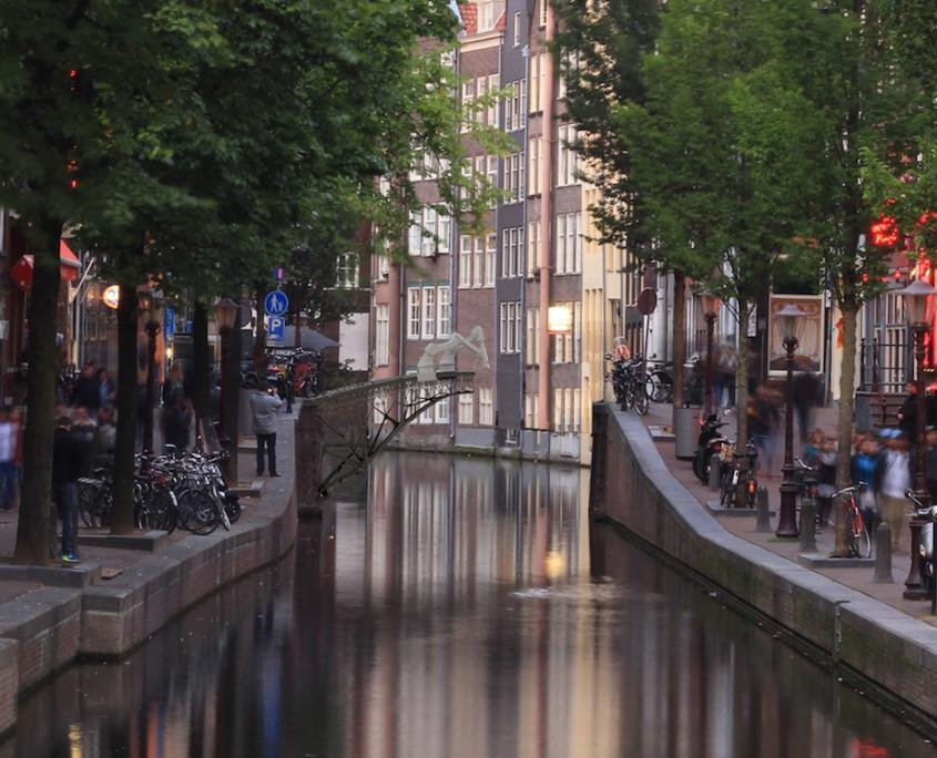3-d printing bridge, image from Joris Laarman.