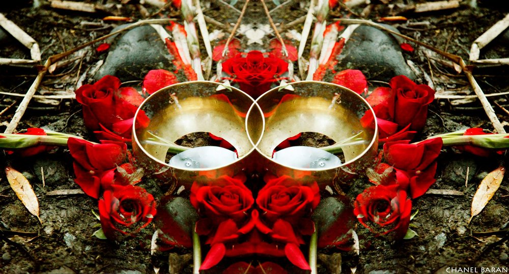 yoni puja roses.jpg