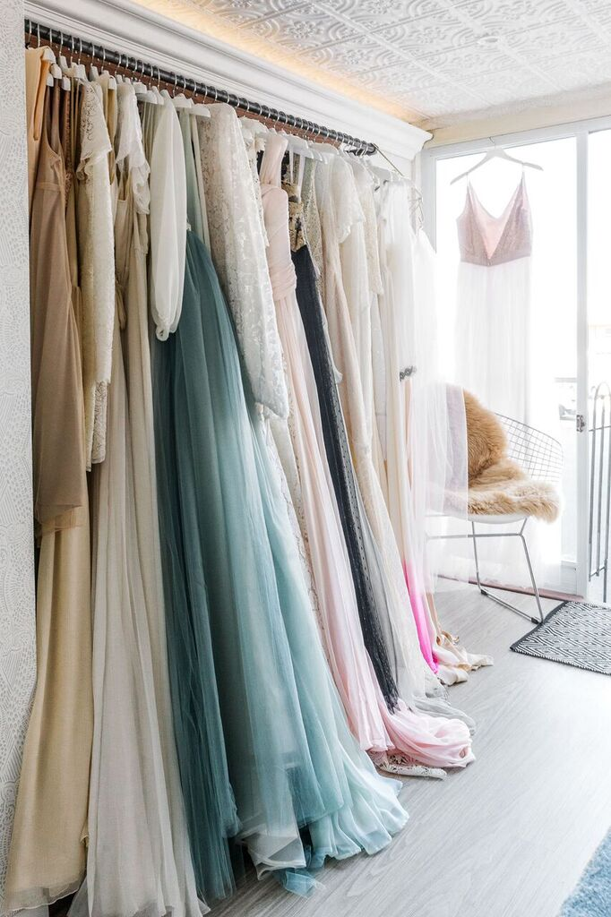 alt_brides_dresses_window