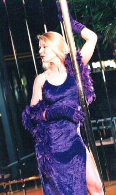 susan purple with pole top.jpg
