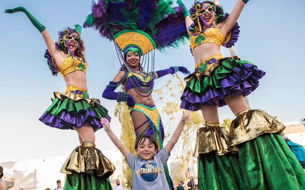 Mardi Gras street performers at Universal Orlando