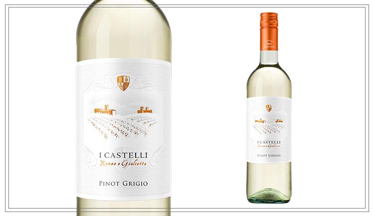 WM115- Pinot Grigio IGT 0,75l - Dieser Pinot Grigio besitzt eine strohgelbe Farbe mit grünen Reflektionen. Im Bouquet lässt er knuspriges Brot und grünen Apfel anklingen. Im Geschmack ist er sehr frisch und angenehm zu trinken.Preis p. Liter 9,20€6,90€