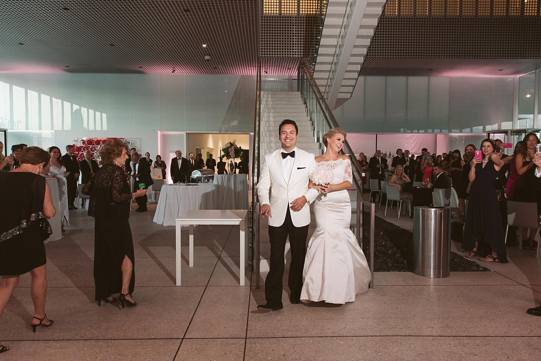 tampa museum of art wedding: jacqui & luciano (tampa wedding ...