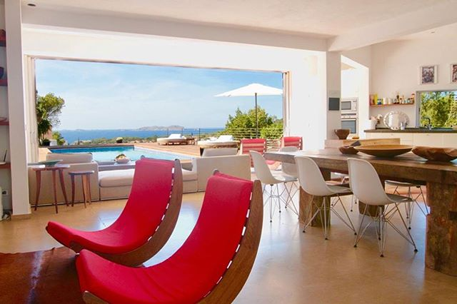 Having an open outlook in life is very important...even more so in your holiday home! |Click bio link for more info on this beautiful #villa in #Ibiza |