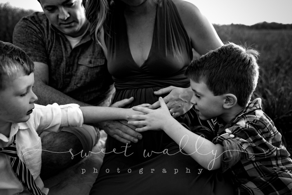 Proud Big Brothers | Nashville Maternity Photographer | Sweet Wally Photography