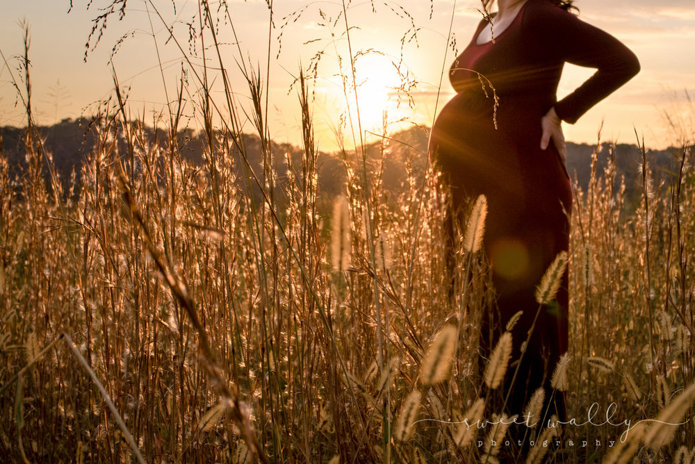 Test shots are the best shots | Outtake by Sweet Wally Photography | Nashville Maternity Photographer
