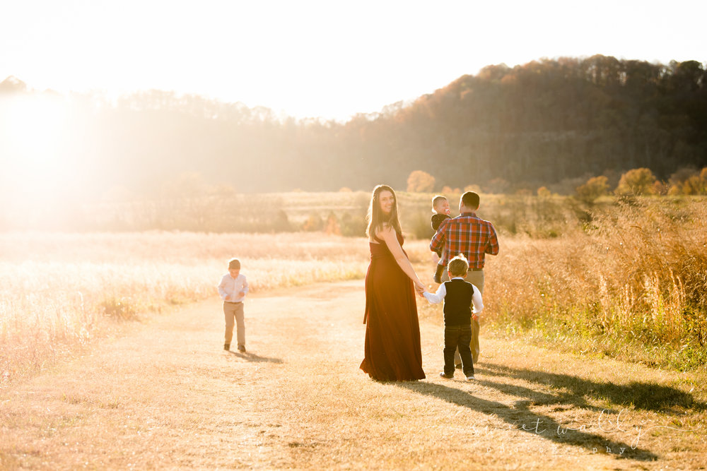 Family Maternity Photos | Sweet Wally Photography | Nashville Maternity Photographer