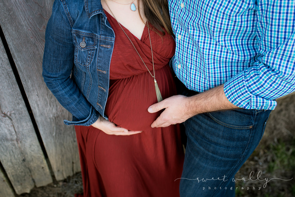 Baby bump photo | Sweet Wally Photography | Nashville Maternity Photographer