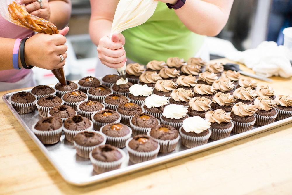 Amy's Cupcake Shoppe | Ashley Elwill Photography.2