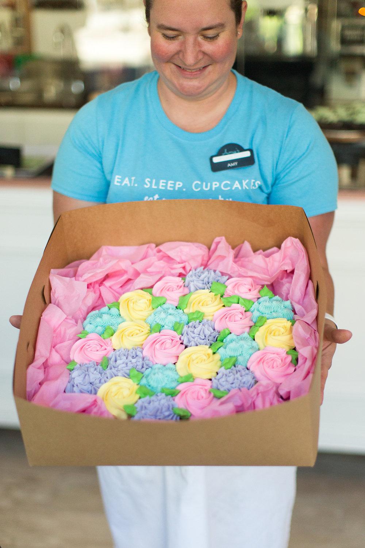 Amy's Cupcake Shoppe | Ashley Elwill Photography.9