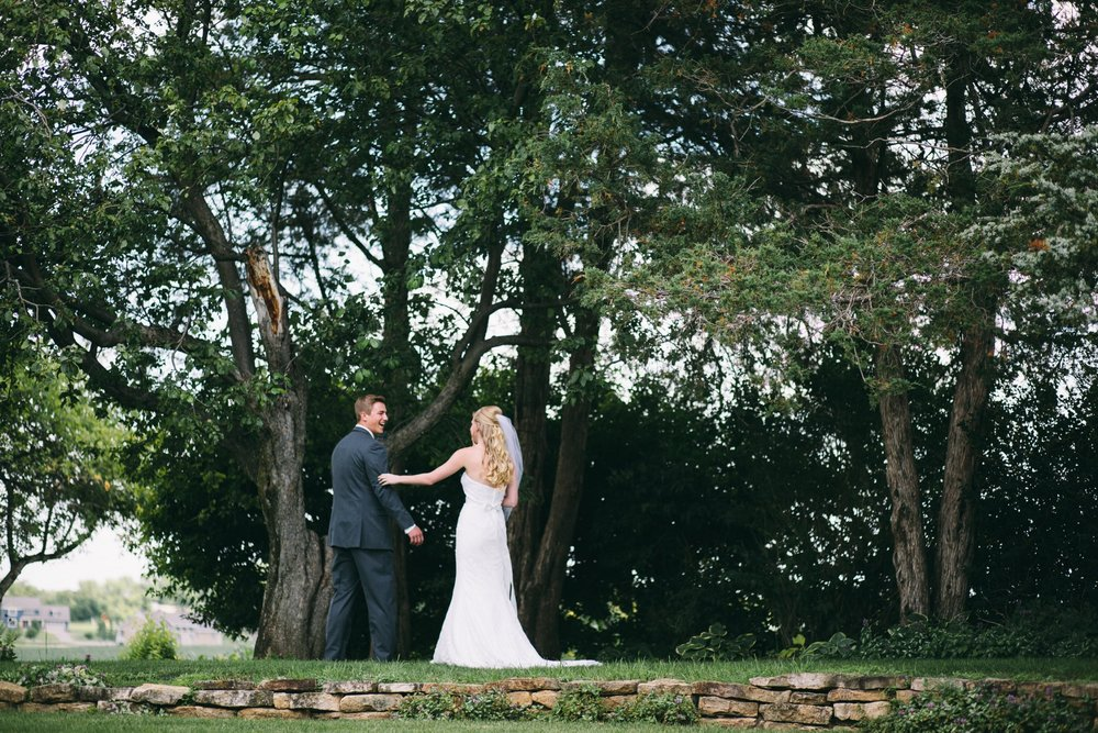 Mark Fierst Wedding Photographer | First look in MN in the woods