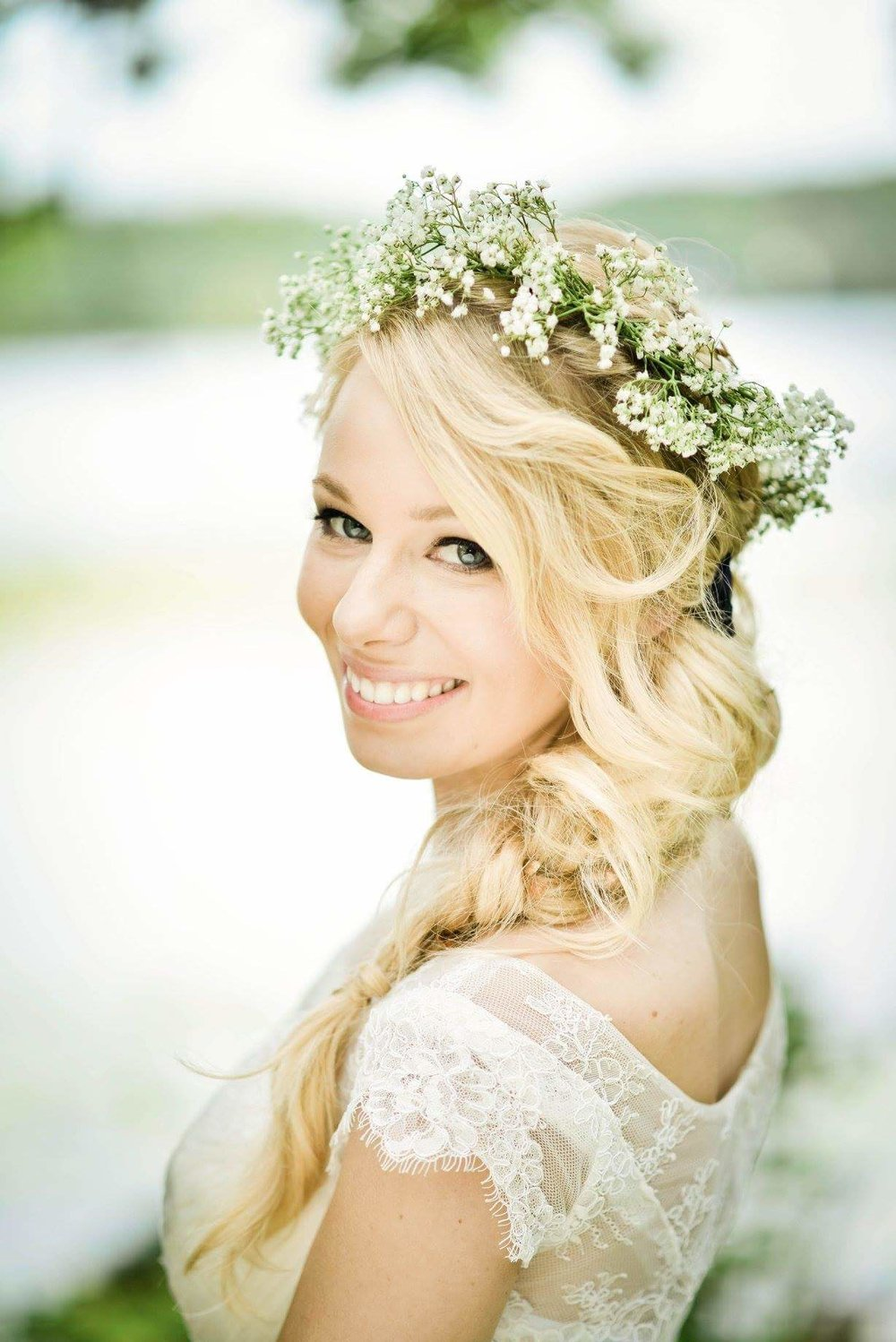 Gretchen Burkhart Wedding Photographer | Skin Mpls | blonde bride with side braid