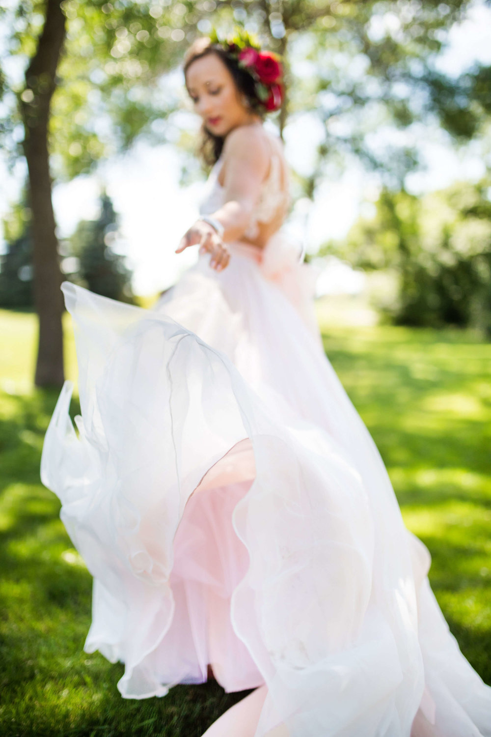 pink underlay wedding dress | Minnesota wedding photographer Studio KH wedding dress details | wedding blog | Sixpence Events 70 Ways to Photograph Your Wedding Dress.jpg