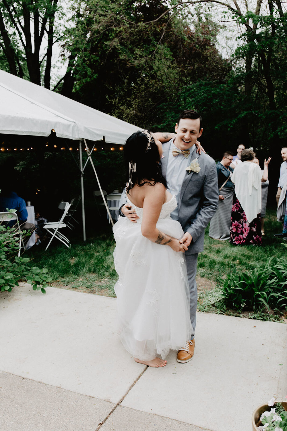 Alex + Lisi -- backyard Minnesota wedding -- Mads Lizotte photography -- Sixpence Events -- first dance.jpg