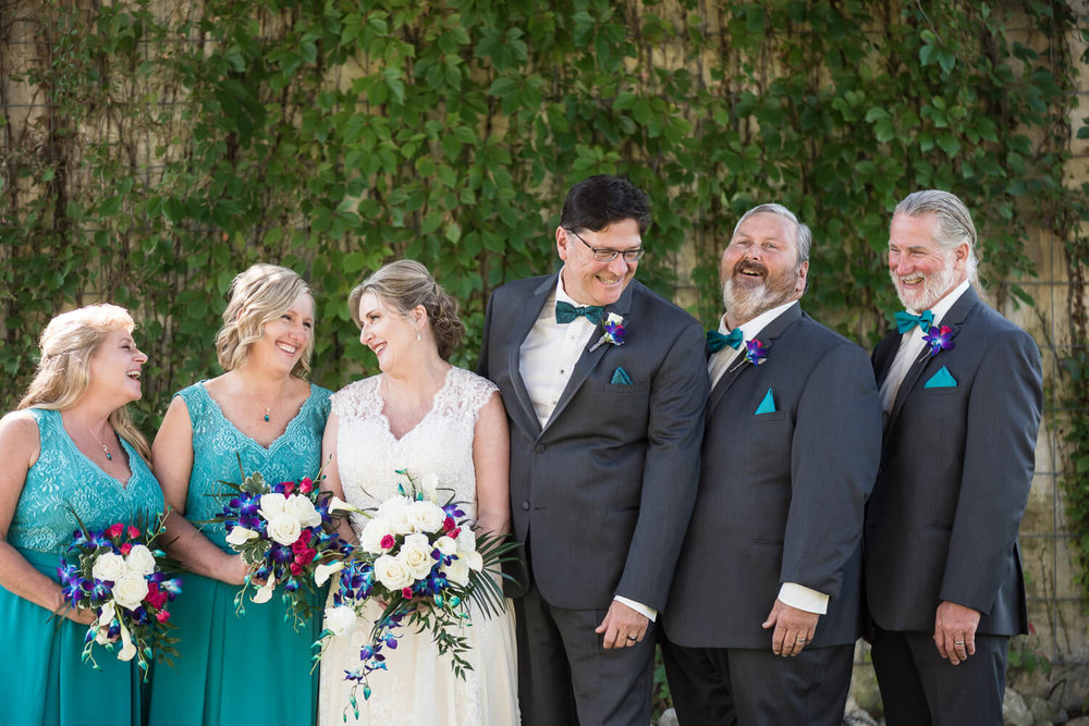 K Solberg Photography | Elm Creek Chalet | Minneapolis day of coordinator Sixpence Events | bridal party in teal