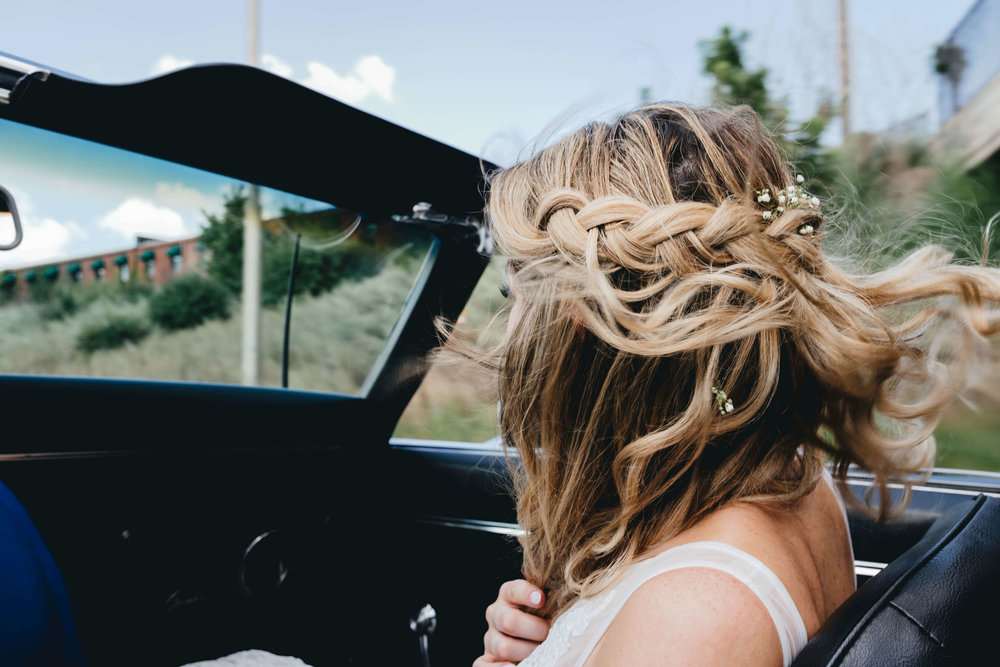 Roy Son Photography | Raspberry Island and Octo Fish bar | Minneapolis wedding planner Sixpence Events | bride in a classic car