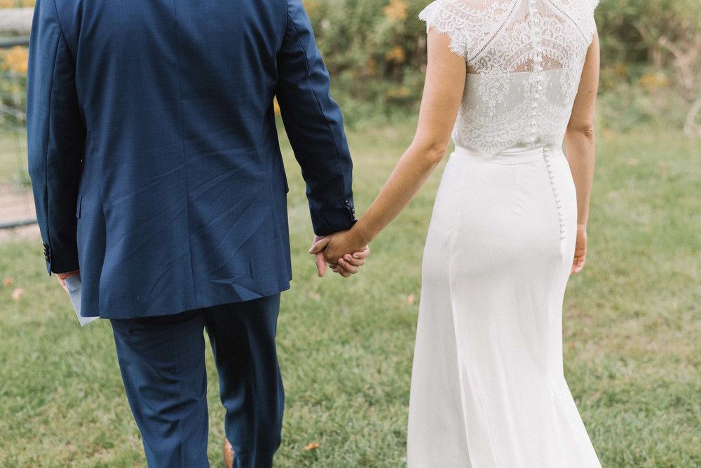 25Jonny and Liz Minnesota Wedding Photographers | Sixpence day of coordinating at Gale Woods farm venue near the lake.JPG