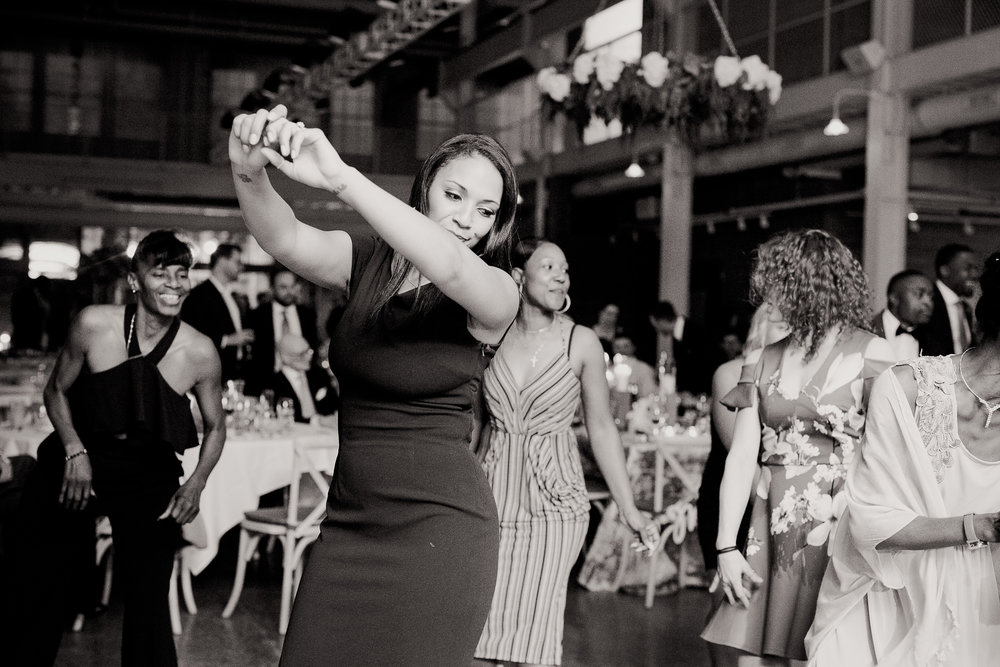 booty pop dancing | Alice HQ Photography | Machine Shop Minneapolis | Sixpence Events and Planning wedding planner.JPG